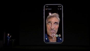 iPhoneX フェイストラッキング